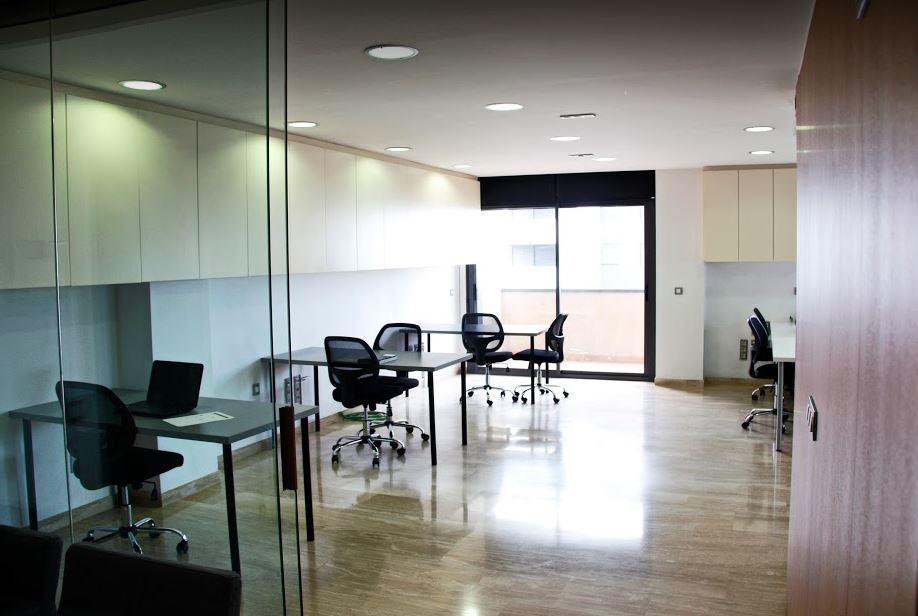 avant coworking secretaria traducciones sala de reuniones