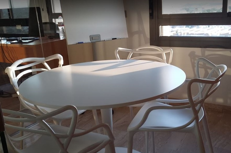 avant coworking secretaria traducciones sala de reuniones espacios terraza-tarifas